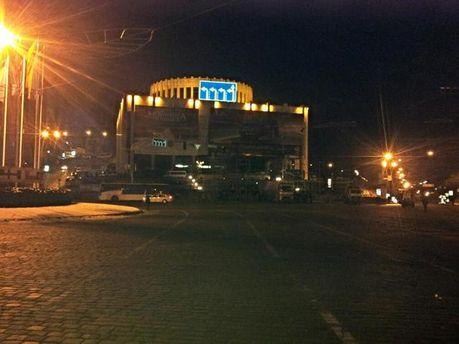 Європейська площа, на якій вдень проходив антимайдан