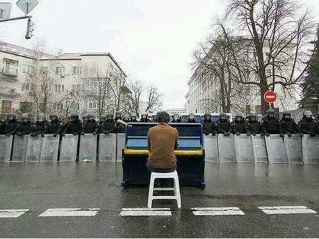 Піаніст з Євромайдану
