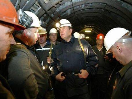 Виктор Янукович в шахте