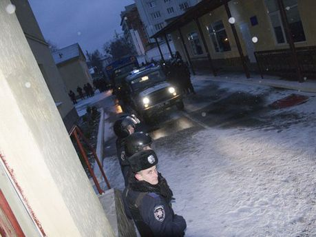 Блокада військової частини у Львові