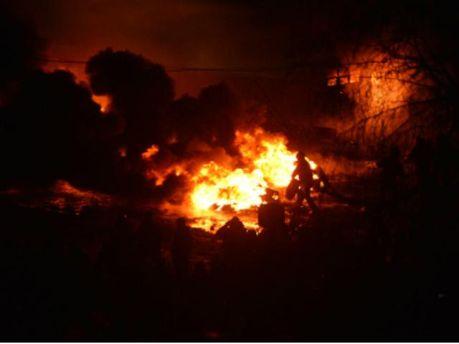 Спалюють шини на Грушевського