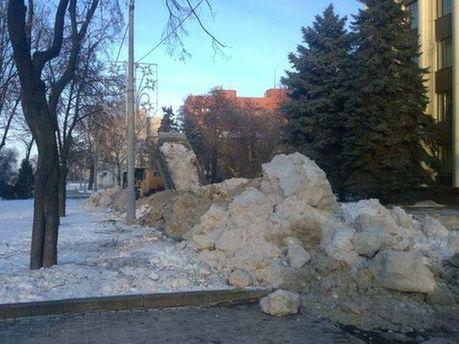 Баррикады из снега