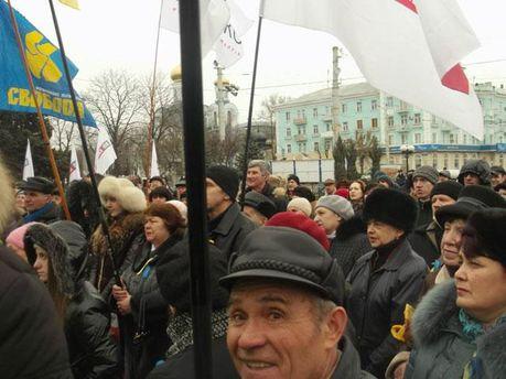 Вече в Луганске