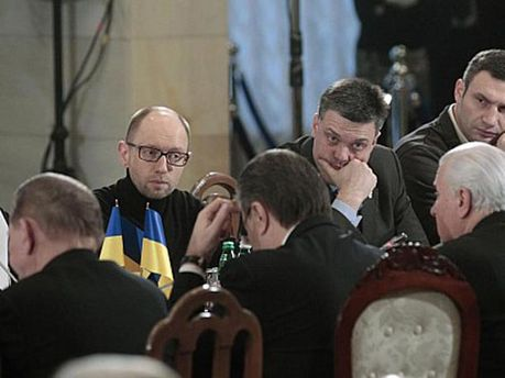 Опозиція на переговорах у президента