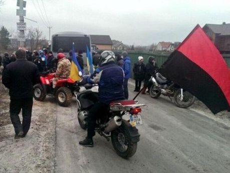 Автомайдановцы по дороге к Пшонке