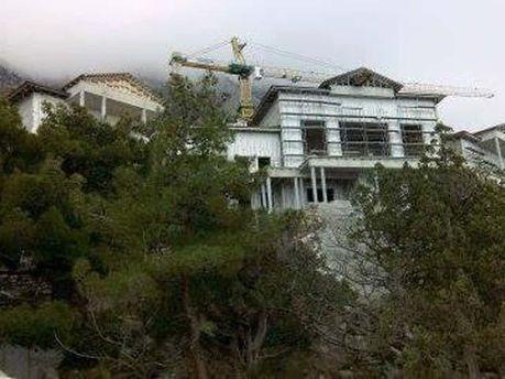 Резиденція в Криму