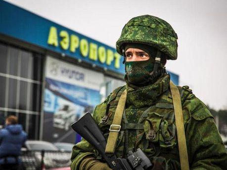Військовий у Сімферополі