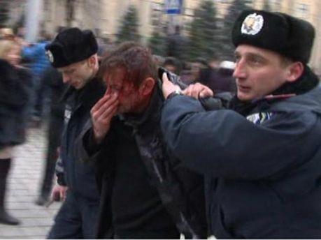 Сергея Жадана избили возле Харьковской ОГА