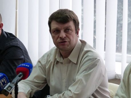 Председатель Мариупольского УДАРа Анатолий Семено