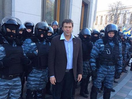 Олег Царьов
