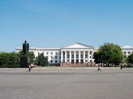 Площадь возле памятника Тарасу Шевченко