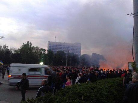 Пламя в Доме профсоюзов в Одессе