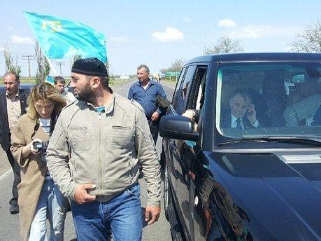 Джемілєва не впустили до Криму