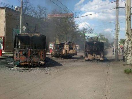 Сгоревший транспорт в Краматорске