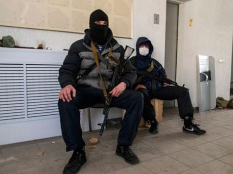 Бойовики в Луганську