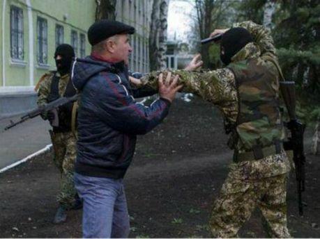 Возле Донецка военные задержали около сотни сепаратистов, — СМИ