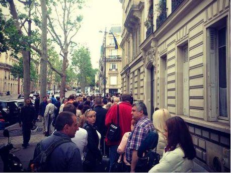 Українці голосують у Парижі