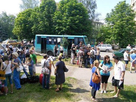 Из Славянска детей вывезли в Крым, — представитель омбудсмена