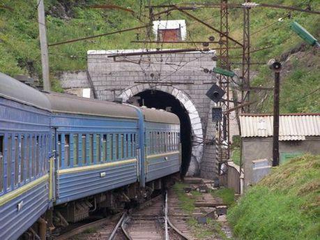 Пасажирський поїзд