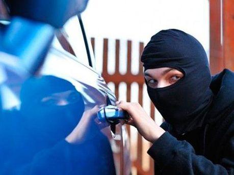 Крадіжка автомобіля