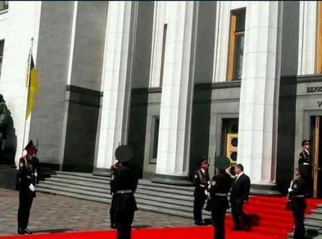 Петро Порошенко і почесна варта