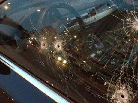 Машина після обстрілу