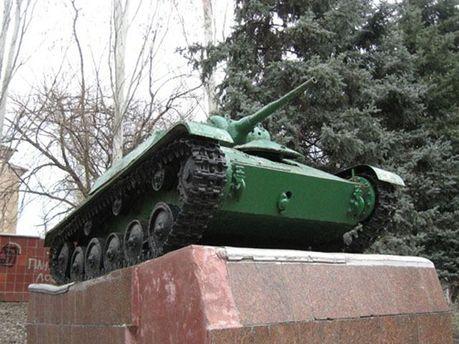 Танк-пам'ятник