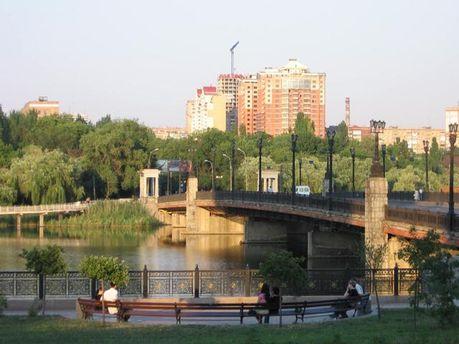 Набережна в Донецьку