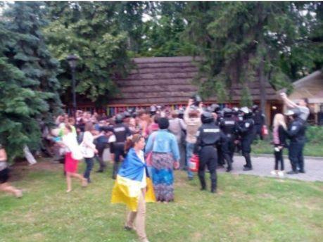 Сутичка на мітингу в Харкові