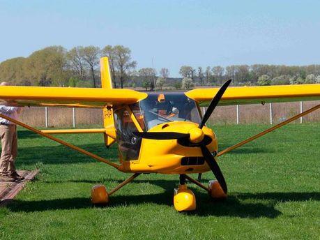 Самолет добровольца