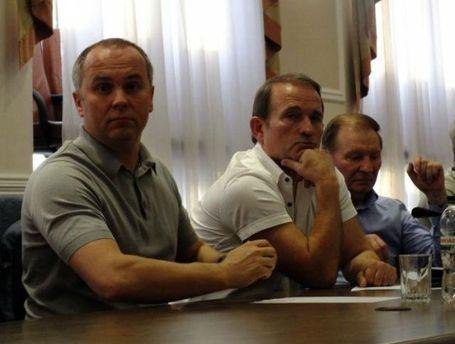 Виктор Медведчук на переговорах