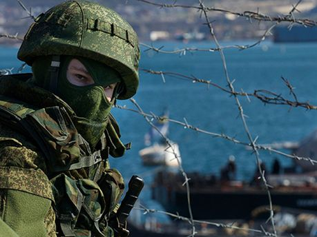 Російський військовий у Криму