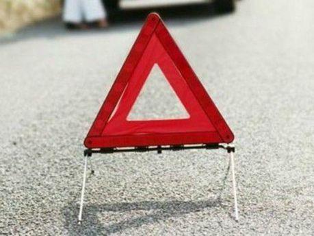 На Донеччині підірвали шляхопровід на автодорозі