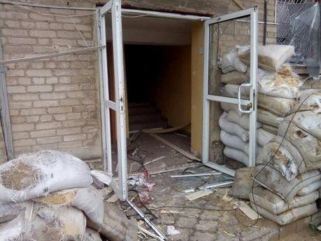 Розгромлена база військових в Амвросіївці