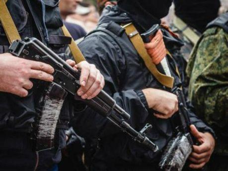 В Луганске террористы похитили журналиста и ограбили редакцию сайта новостей