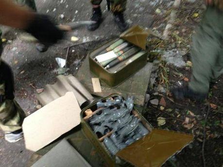 Склад боеприпасов, покинутый террористами