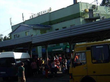 ФОТО ДНЯ: Дончане массово покидают город