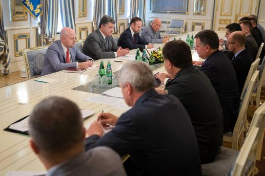 Совещание Петра Порошенко с силовиками