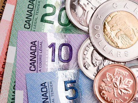 Канадські долари