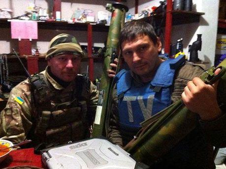 Андрей Цаплиенко (справа)