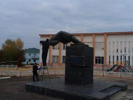 Памятник Ленину в Сватово