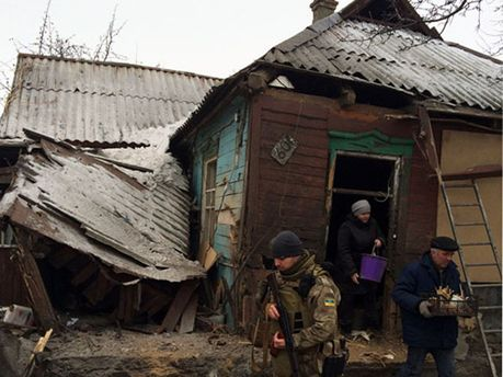 Последствия обстрелов в Дебальцево