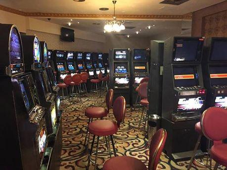 Зал игровых автоматов