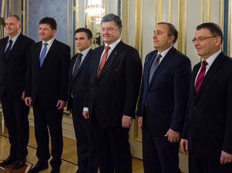 Петр Порошенко, Павел Климкин и лидеры стран Вышеградской четверки