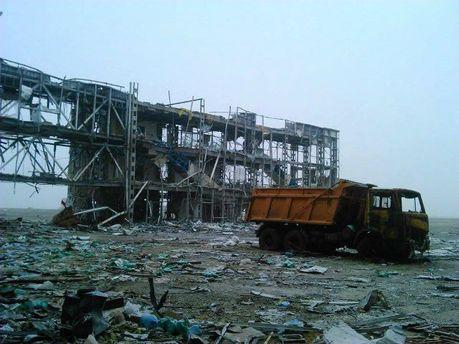 """Киборги"""" показали, как сегодня выглядит донецкий аэропорт (Фото)"""