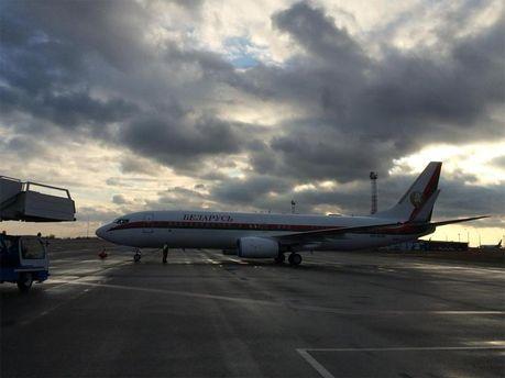 Самолет А. Лукашенко