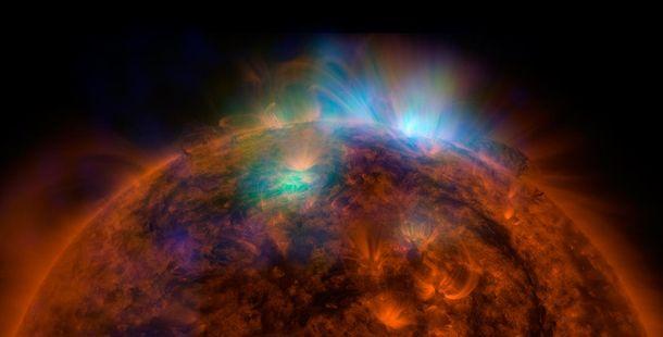 Перший знімок Сонця
