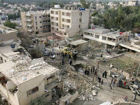 На месте взрыва машины в Ираке