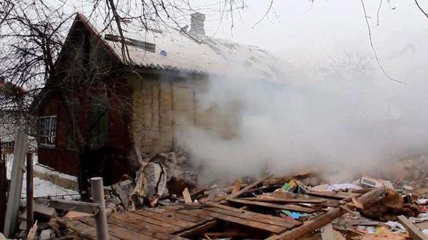 Будинок після обстрілу
