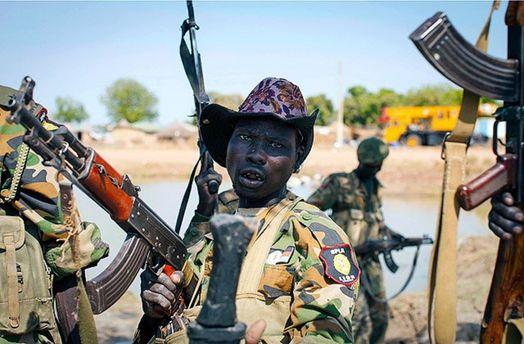 Солдат правительственной армии Южного Судана